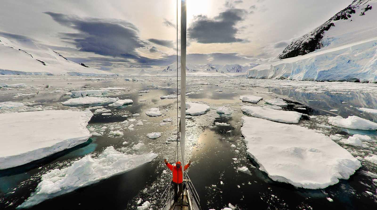 Antarctic Expeditions Sailing Antarctica