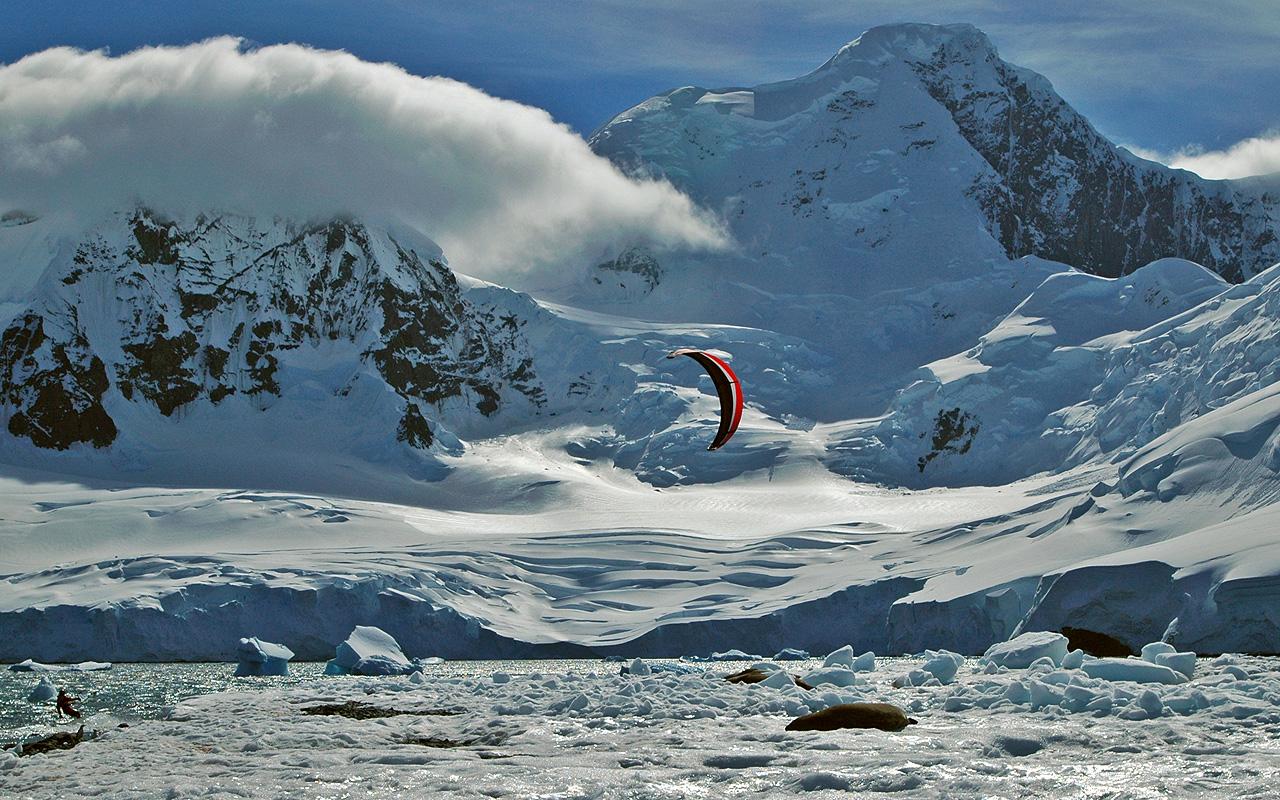 Kiteboarding-Antarctica 3